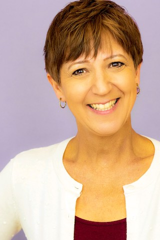 Author Photo Carole